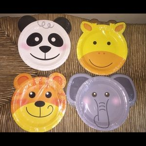 """Party Supplies """"Zoo"""" Animals Plates"""